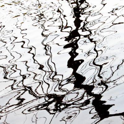 Linienspiel im Wasser - Rhein, Altenburg - 28. März 2007