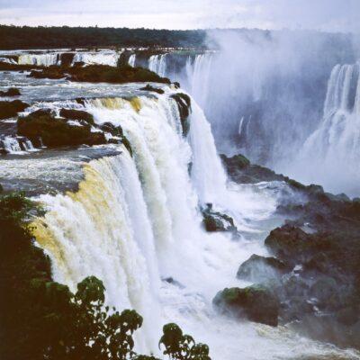Wasserfälle von oben – Brasilien, Iguazu-Wasserfälle – Oktober 1984