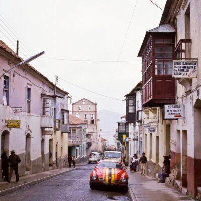 Häuserfassaden spiegeln ehemaligen Reichtum – Bolivien, Potosi – November 1984