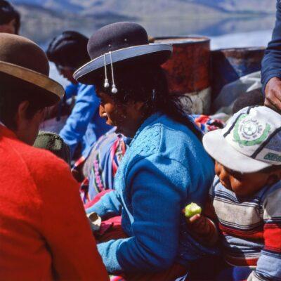 Mit Indios auf dem Boot – Peru, Titicacasee – Dezember 1984
