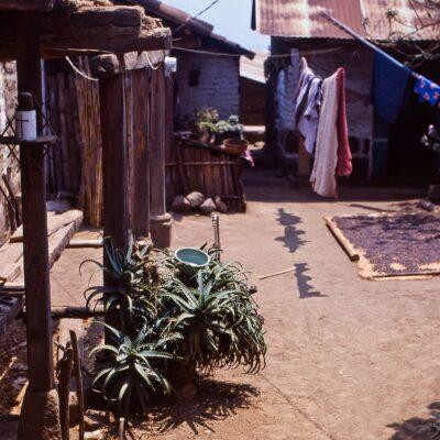 Beschaulicher Innenhof – Guatemala, San Pedro La Laguna – April 1985