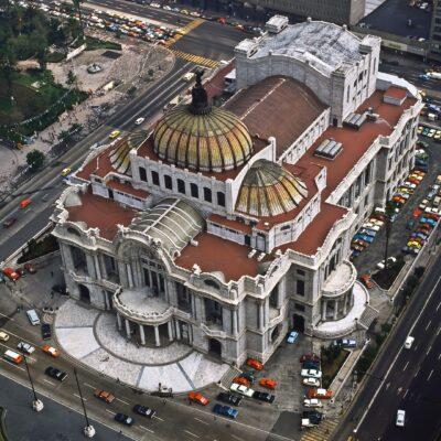"""Sicht vom """"Torre Latinoamericana"""" auf das Opernhaus – Mexiko, Mexiko Stadt – Juni 1985"""