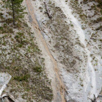 Zwei Gerinne, zwei Farben – Ruinas da Corvs – 11. Mai 2007